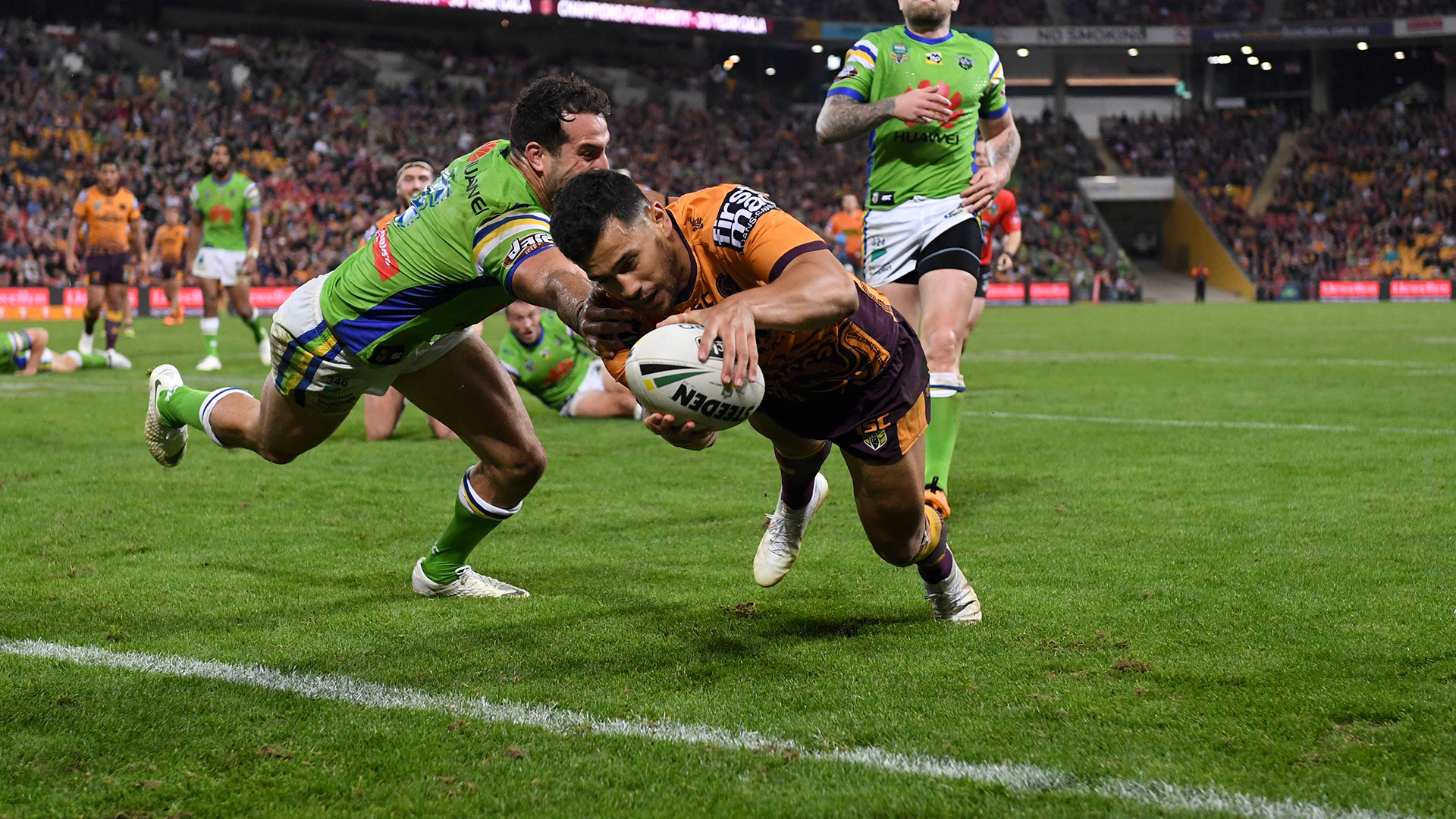 Extended highlights: Broncos v Raiders – Round 16, 2018